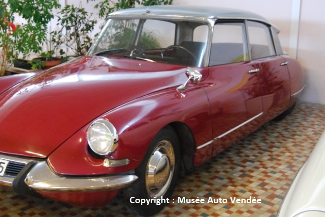 1963 - CITROEN DS19
